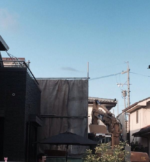 【名古屋市の解体工事】工事費用だけじゃない!妻が気に入った解体業者の魅力とは?