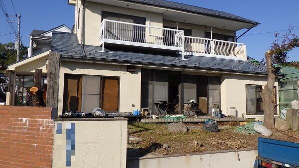 取り壊す前の家屋1