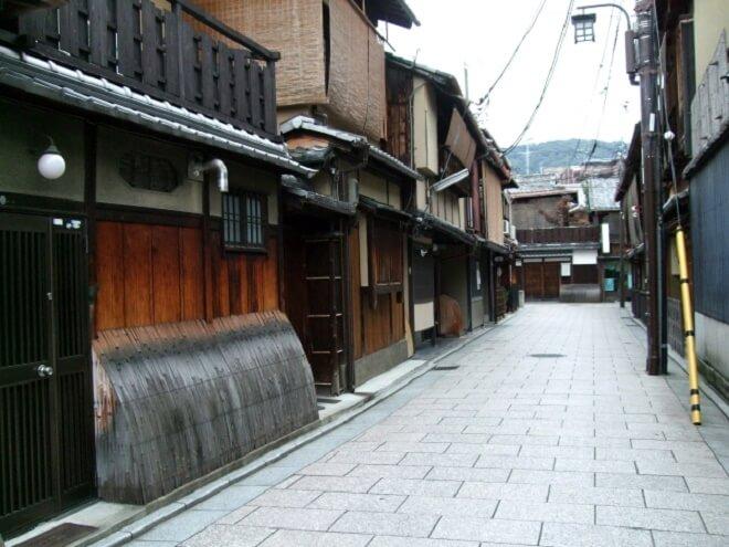 京都や大阪の解体工事のみ掛かる付帯費用