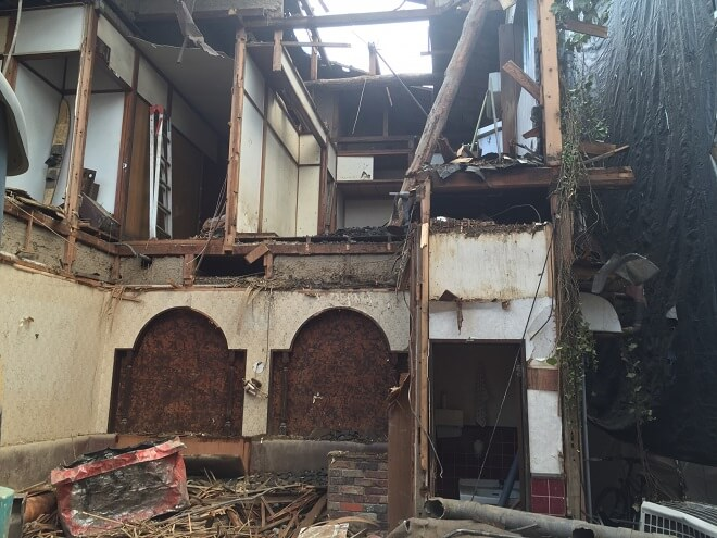 釧路市の老朽空き家解体、補助金制度利用で節約可能!
