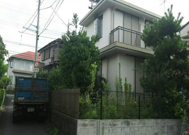 【横浜市の解体工事】住宅密集地に建つ軽量鉄骨造りの家屋を無事解体出来ました。