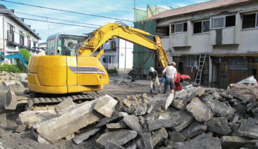 空き家の取り壊し、いくらかかる?解体工事を行うメリットとは。