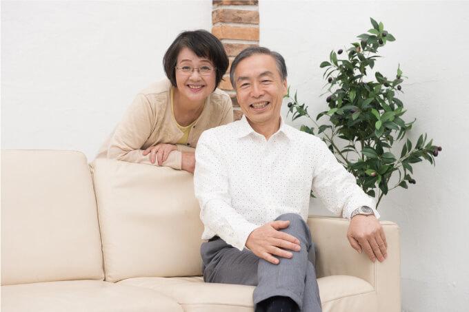 笑顔のご夫婦