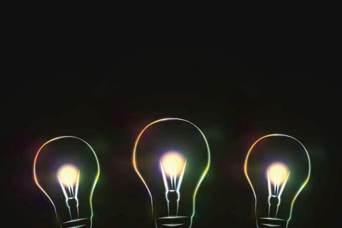 3つの電球