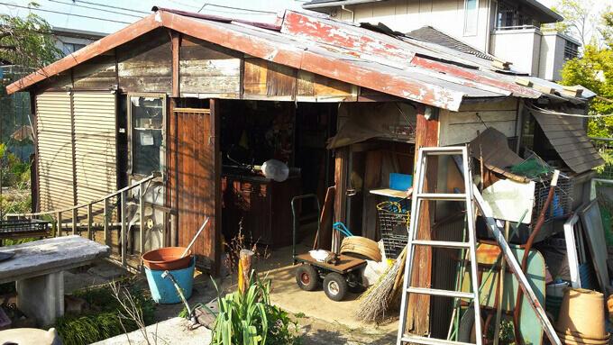 木造の小屋の事例