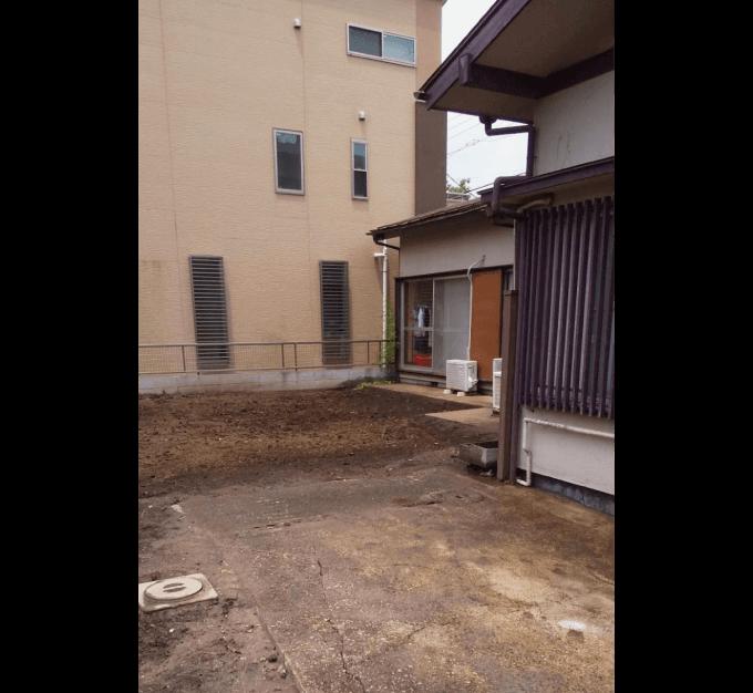 解体後隣の家